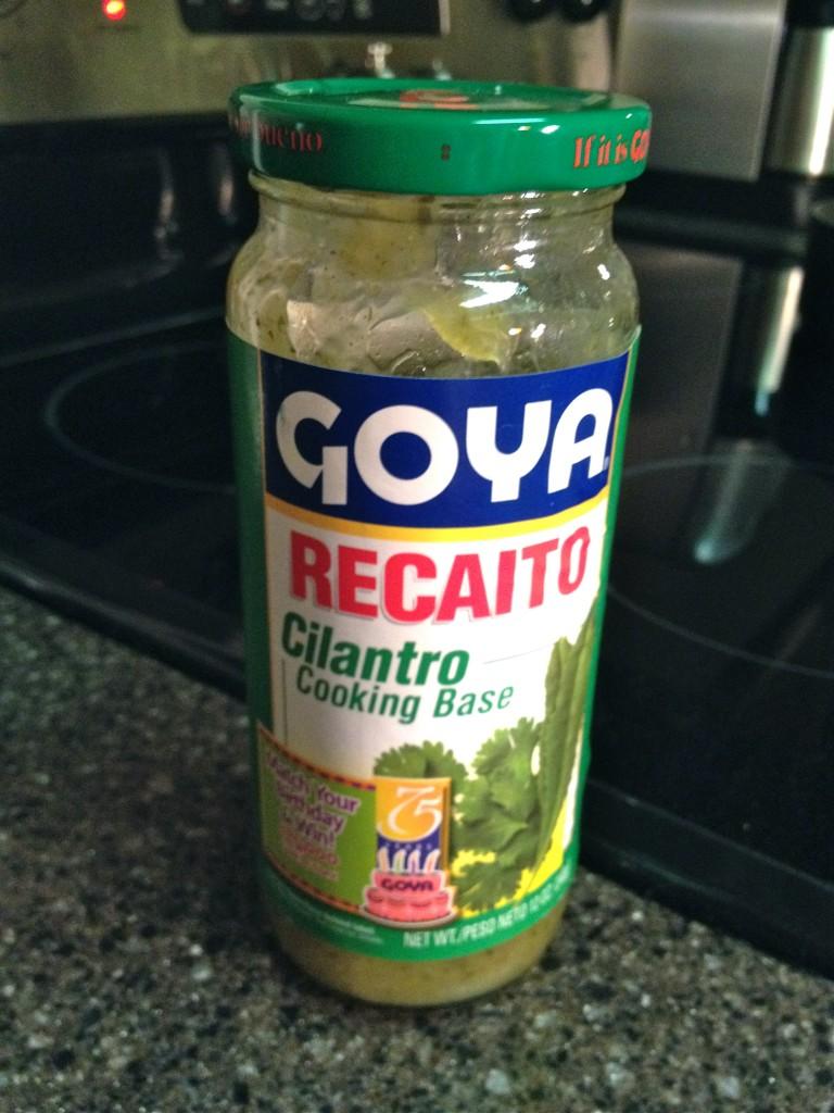 Goya Recaito Cilantro cooking base