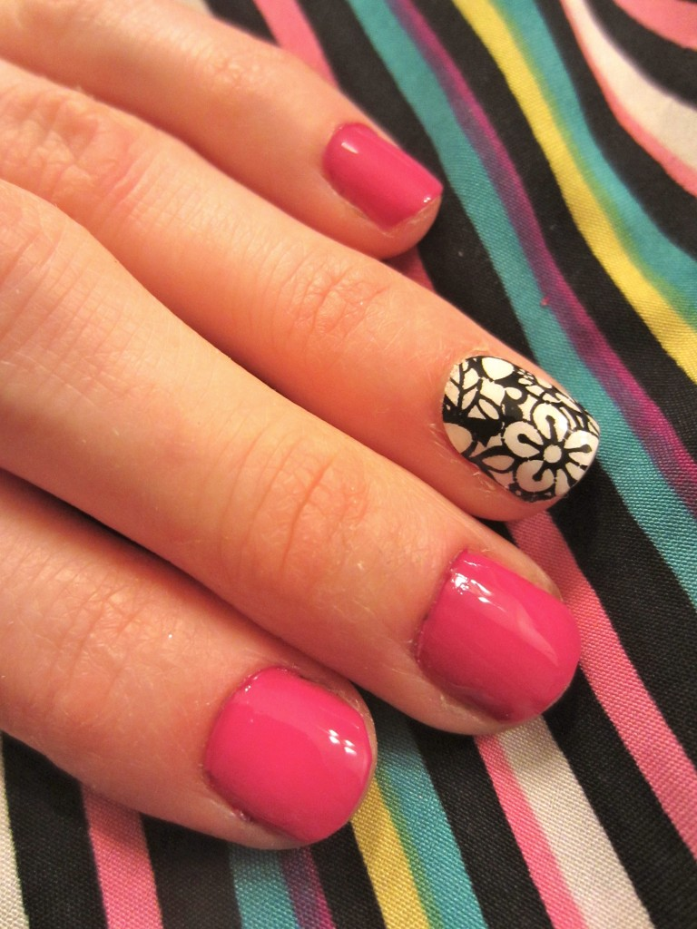 Cut it out with OPI La Paz-itively Hot