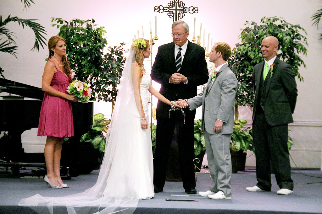 Pastor closing handfasting ceremony