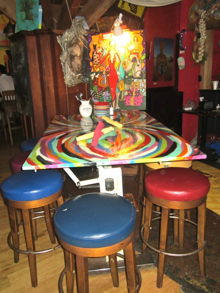 Cafe Tu Tu Tango tables