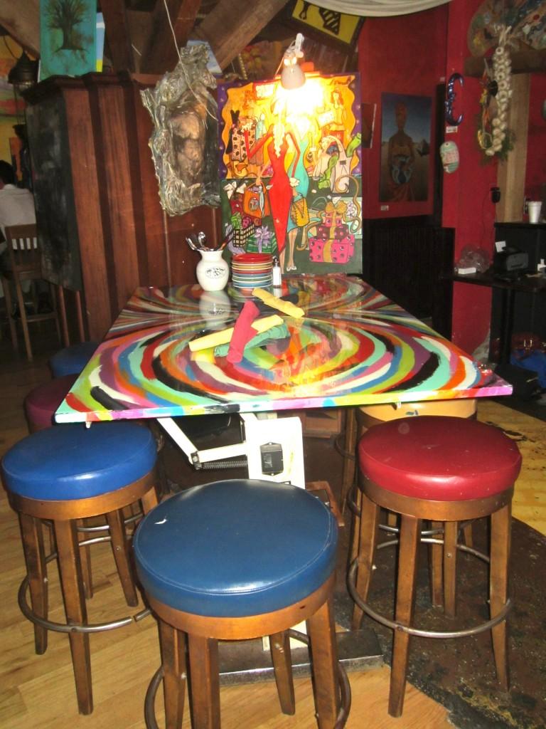Cafe Tu Tu Tango tables