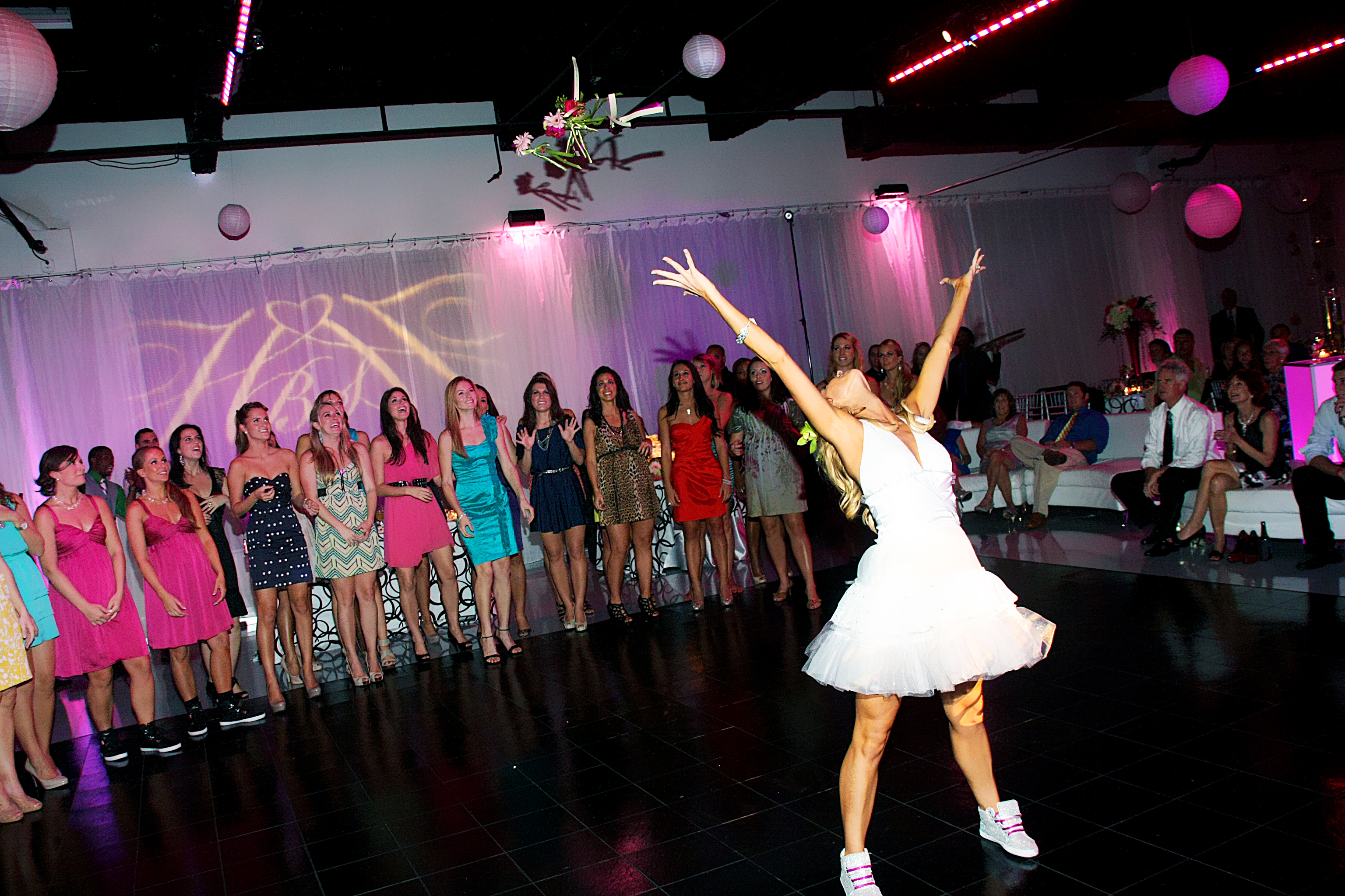 surprise bouquet toss - multiple bouquets