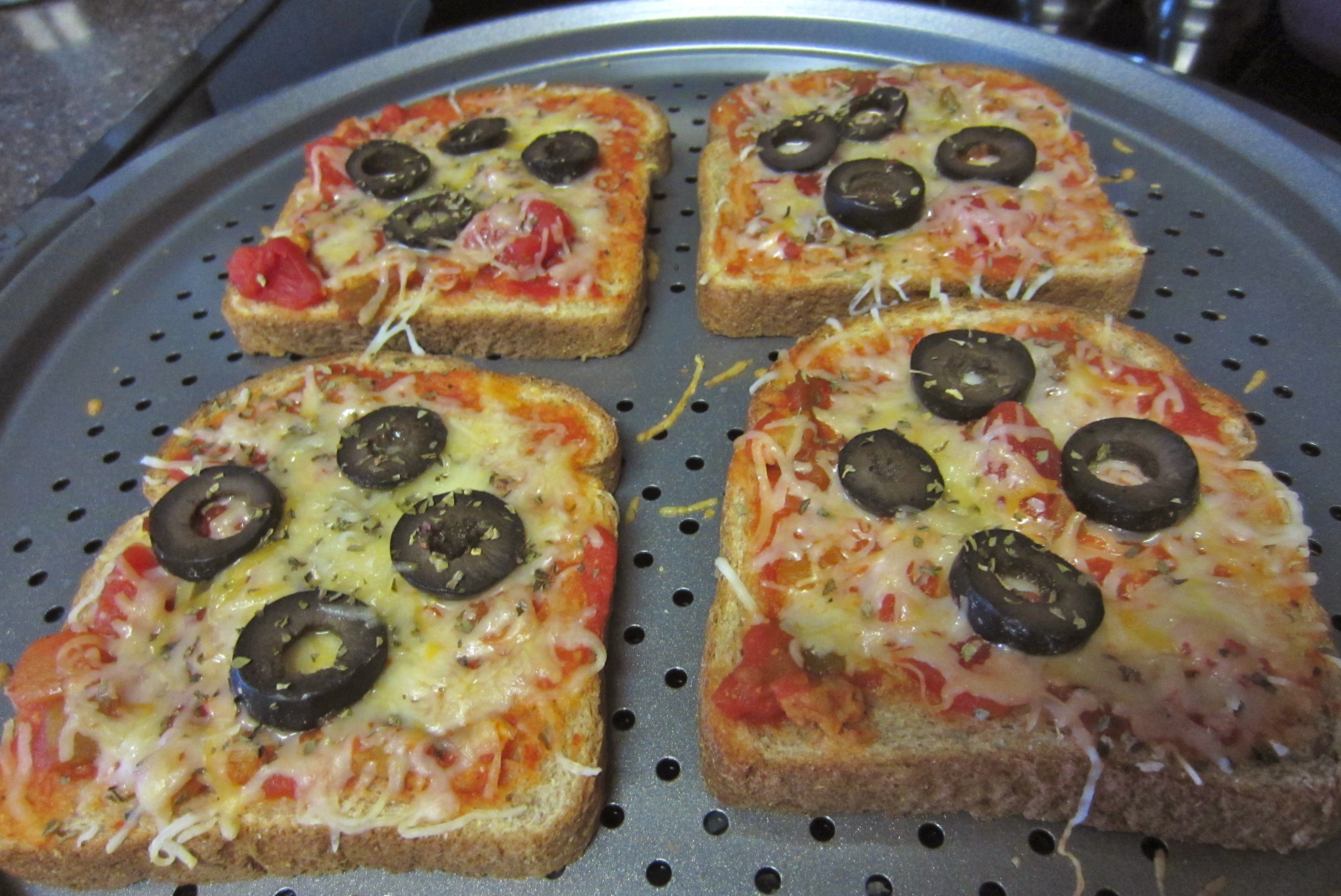 Pizza Toast out of oven