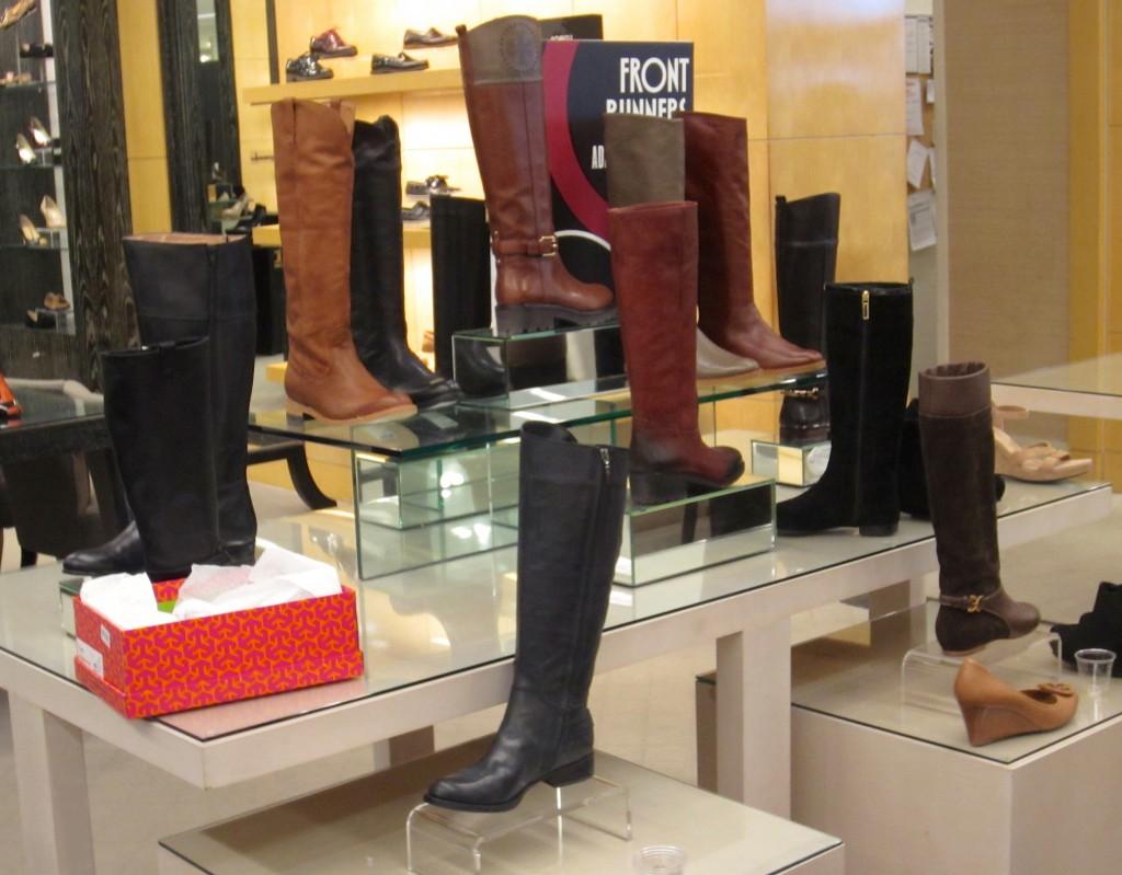 Bloogmingdales Winter Boots