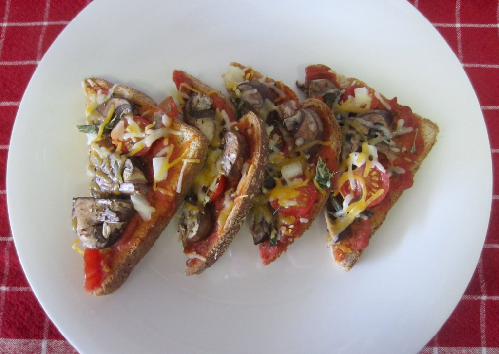 Quick and Easy Healthy Pizza Toast
