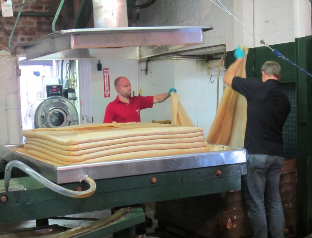 Yates Cider Mill pressing apples 2