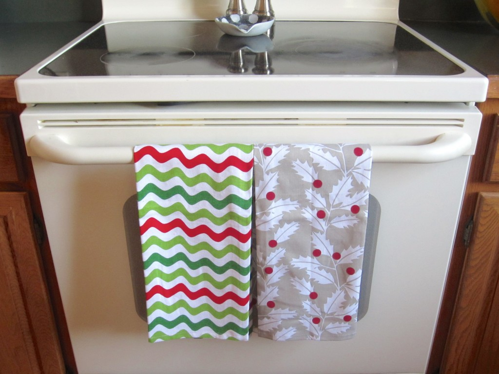 Crate & Barrel holiday handtowels