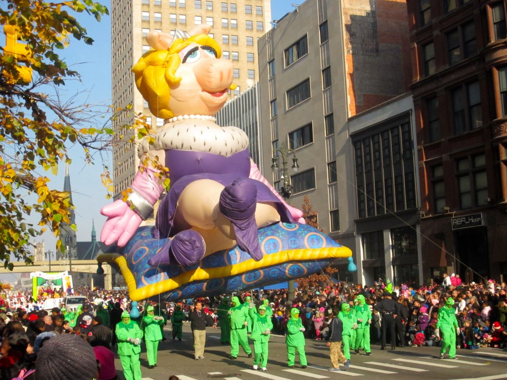 Miss Piggy parade float