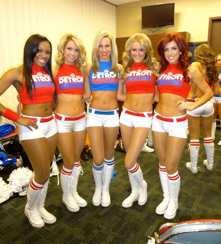 Detroit Pistons Dancers January 201