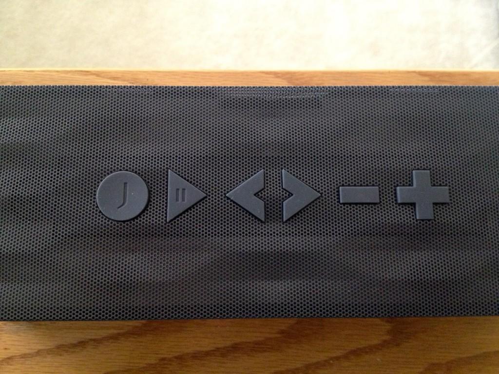 jawbone speaker buttons