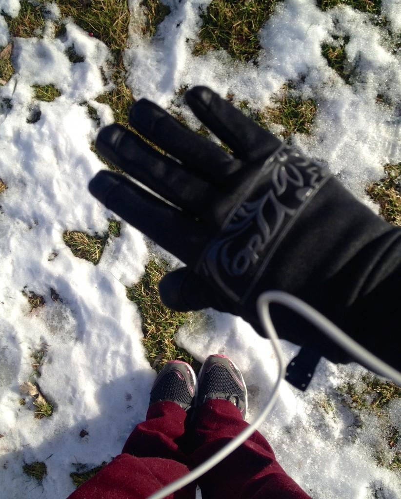 outside running gloves