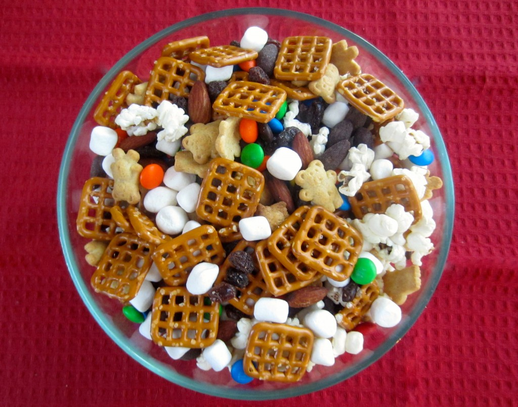 sweet 'n salty party mix