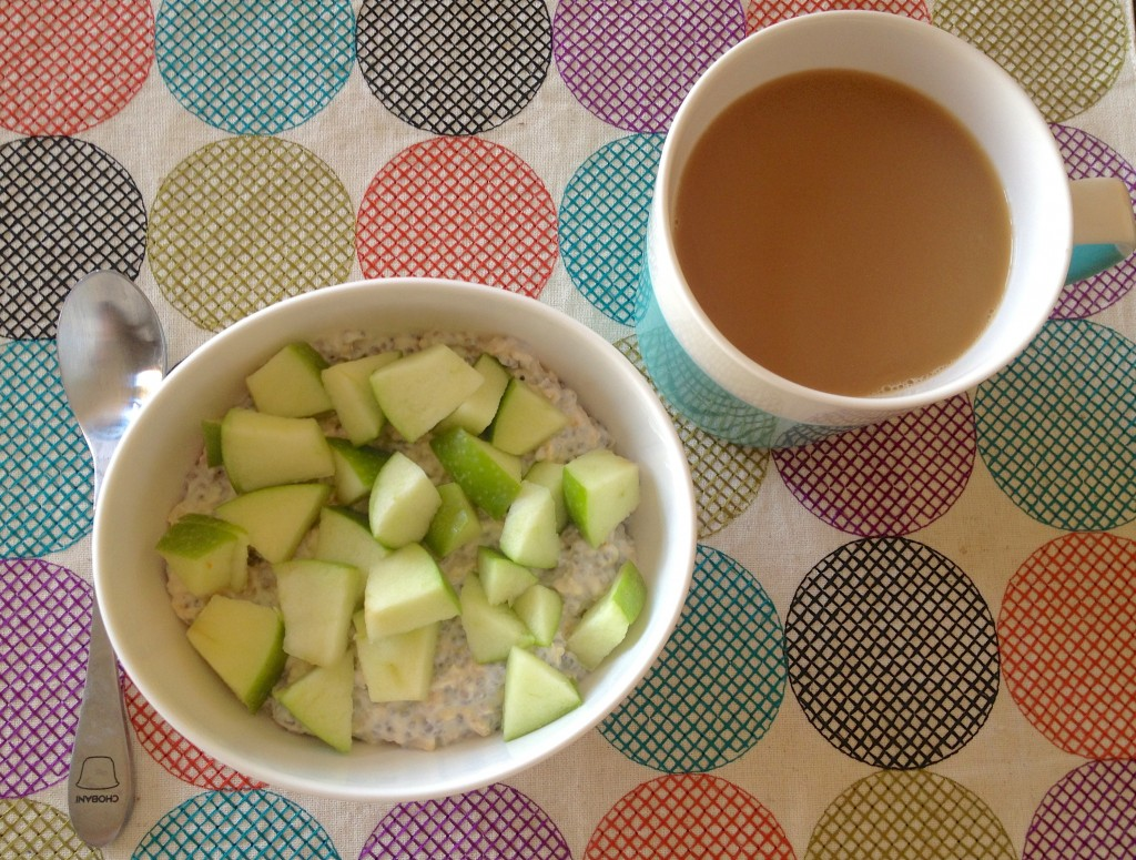 overnight oats with apples hea