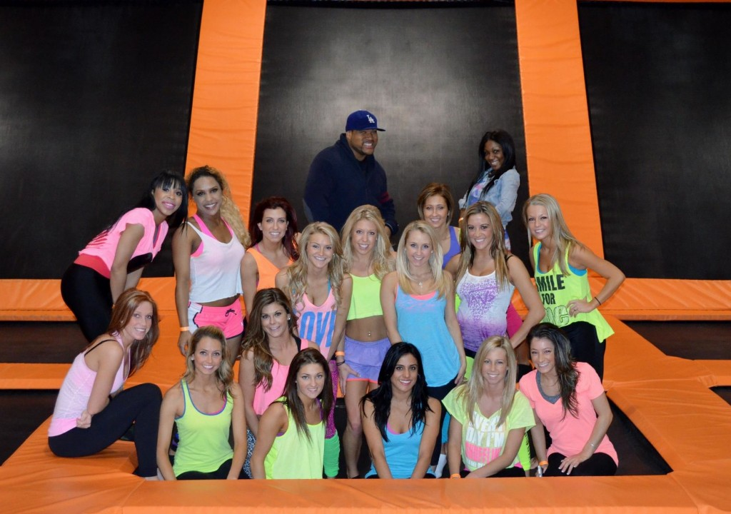 pistons dancers at air time tra
