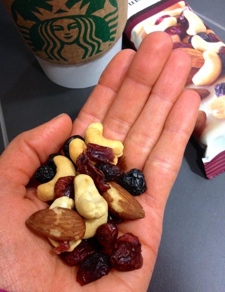starbucks fruits & nut mix