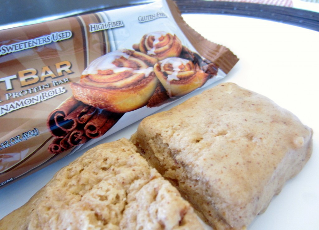 Cinnamon Roll Quest Bar
