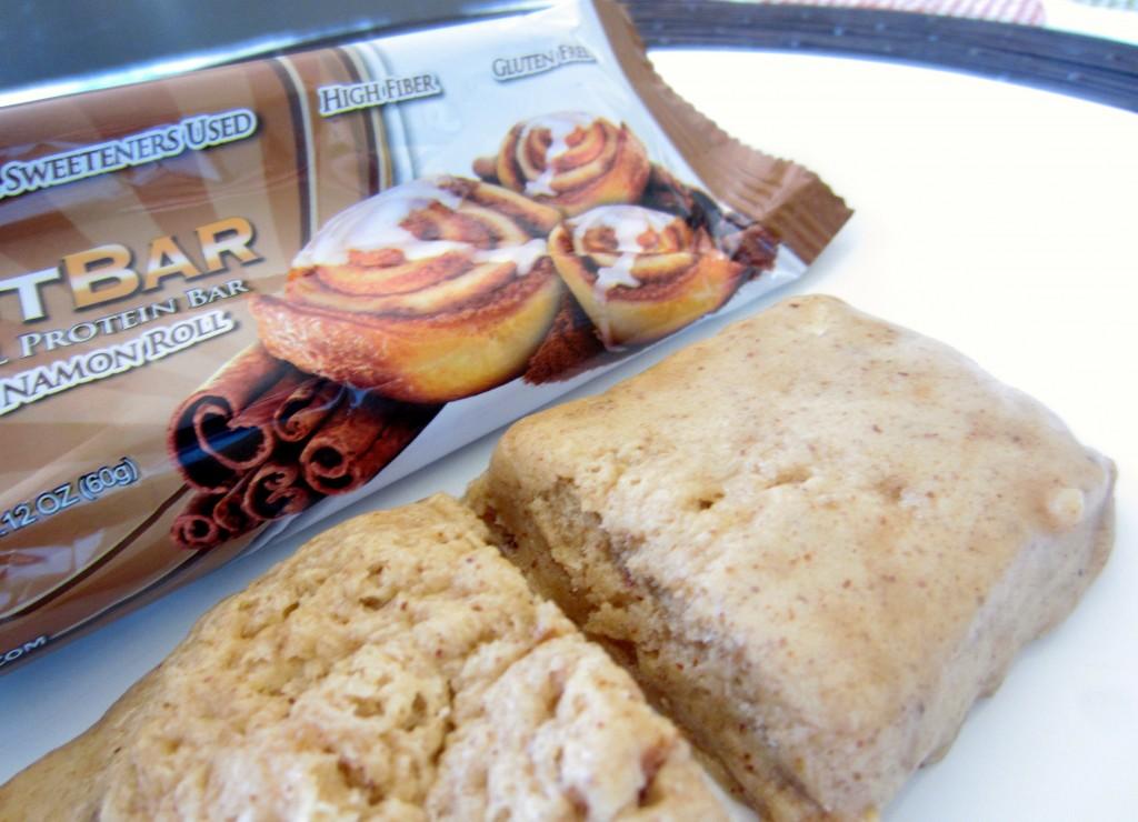 Cinnamon Roll Quest Bar