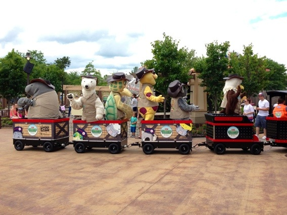 Columbus Zoo animal mascots and characters
