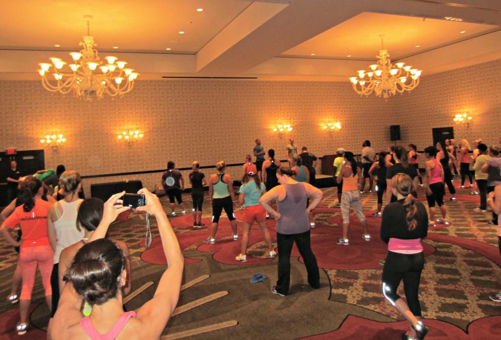 CrossFit class at FitBloggin