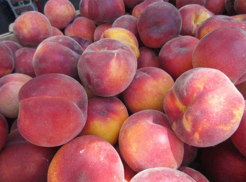 Portland Farmers Market Peaches