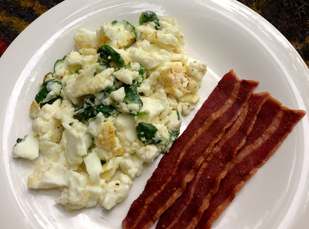 egg white scramble with spinach