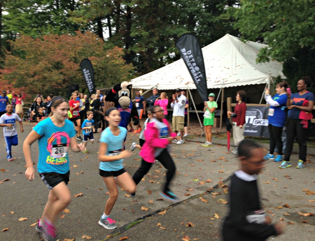 HOOPER running race