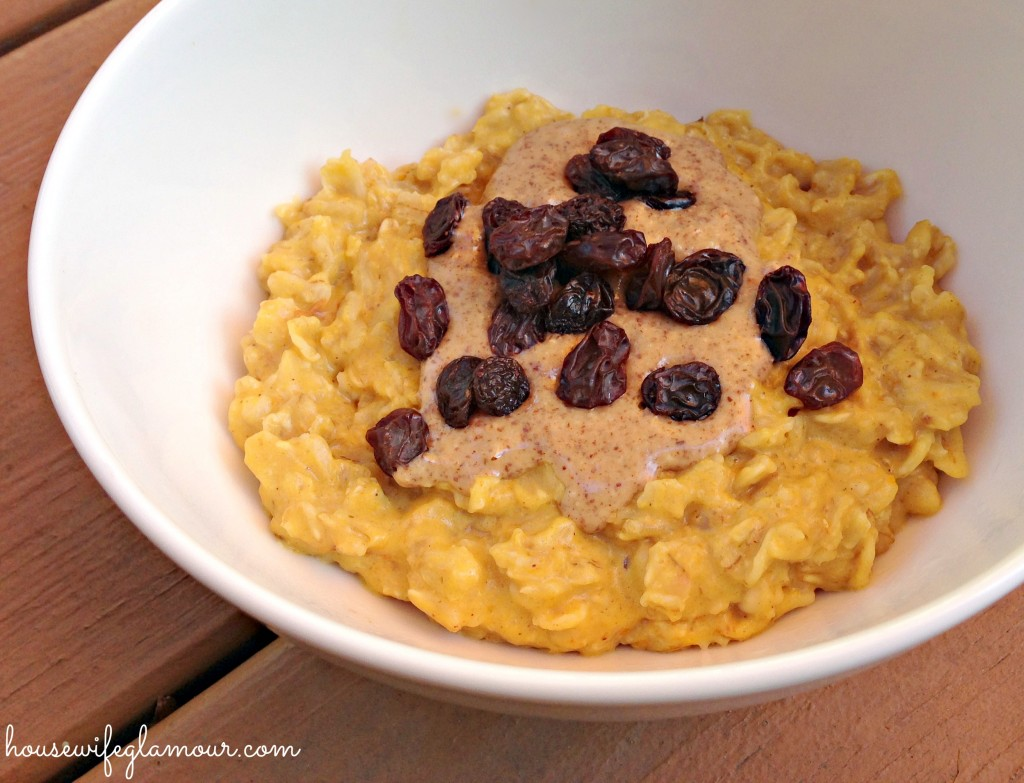 Pumpkin Oatmeal with almond butter