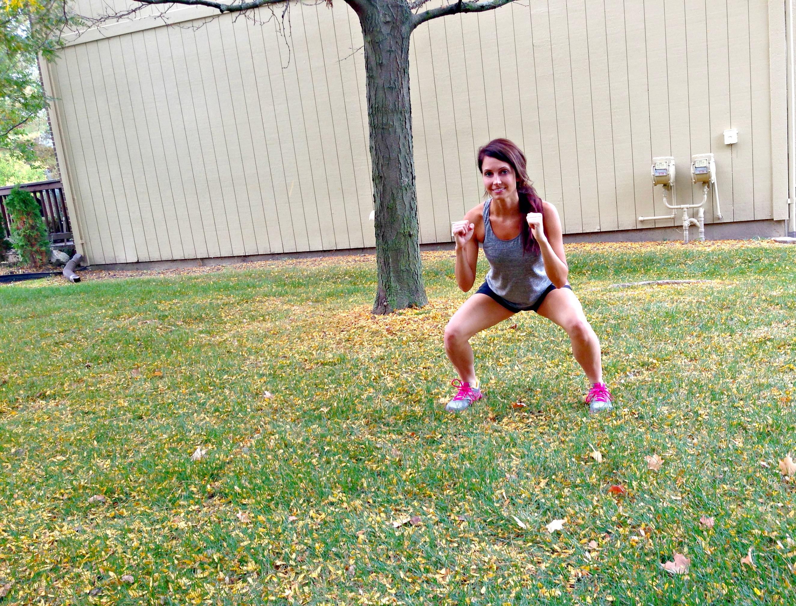 workout outside squats