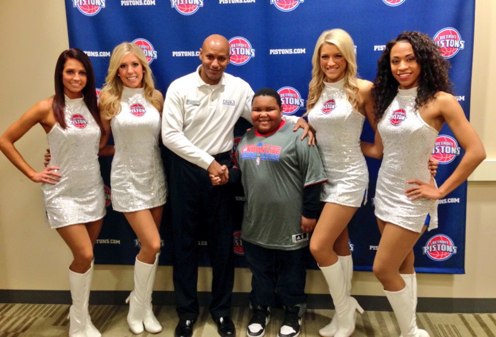Pistons Dancers with Dancing Usher and Dance Cam Kid