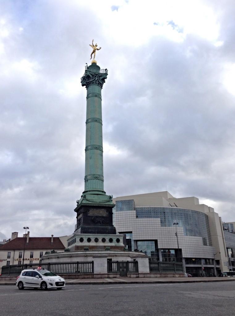 Bastille statue paris