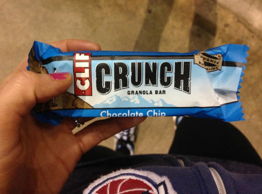 Clif crunch granola bar