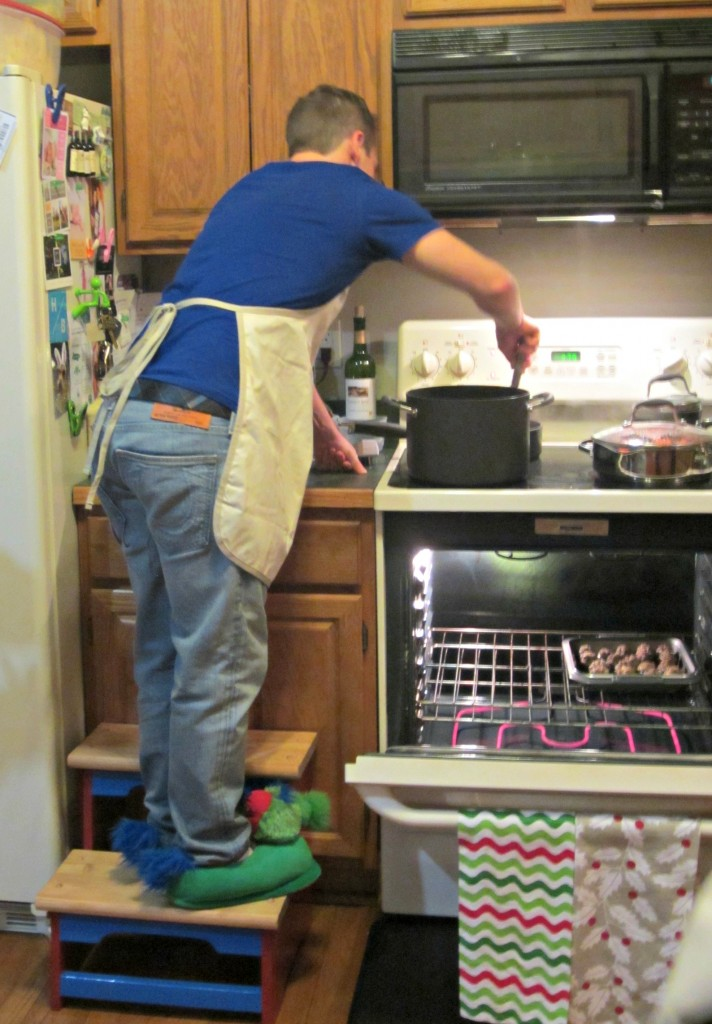 Scott cooking on thanksgiving funny
