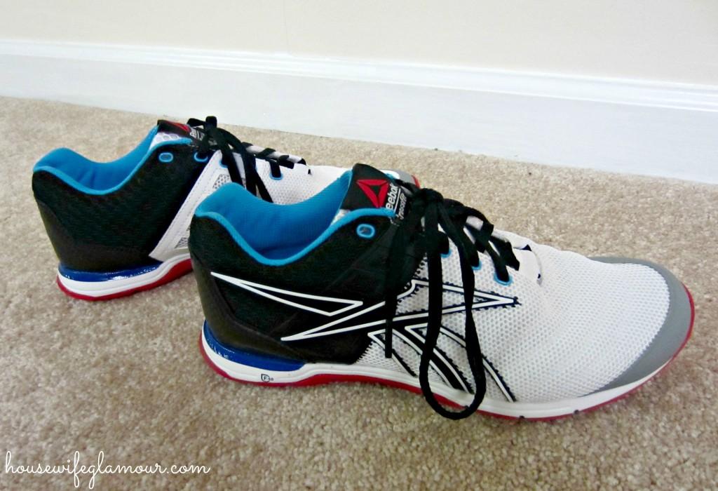 custom sneakers reebok giveaway