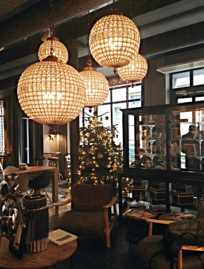 hotel fabric paris lobby