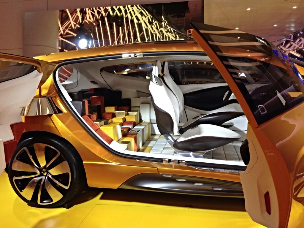 luxury car in paris