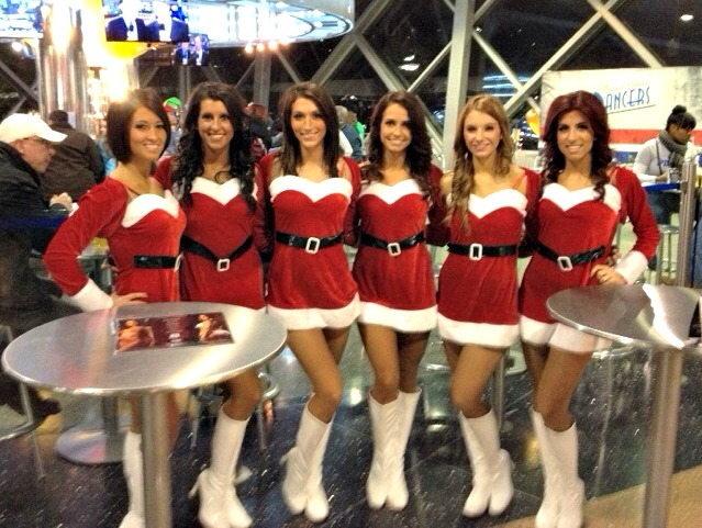 pistons dancers in santa outfits