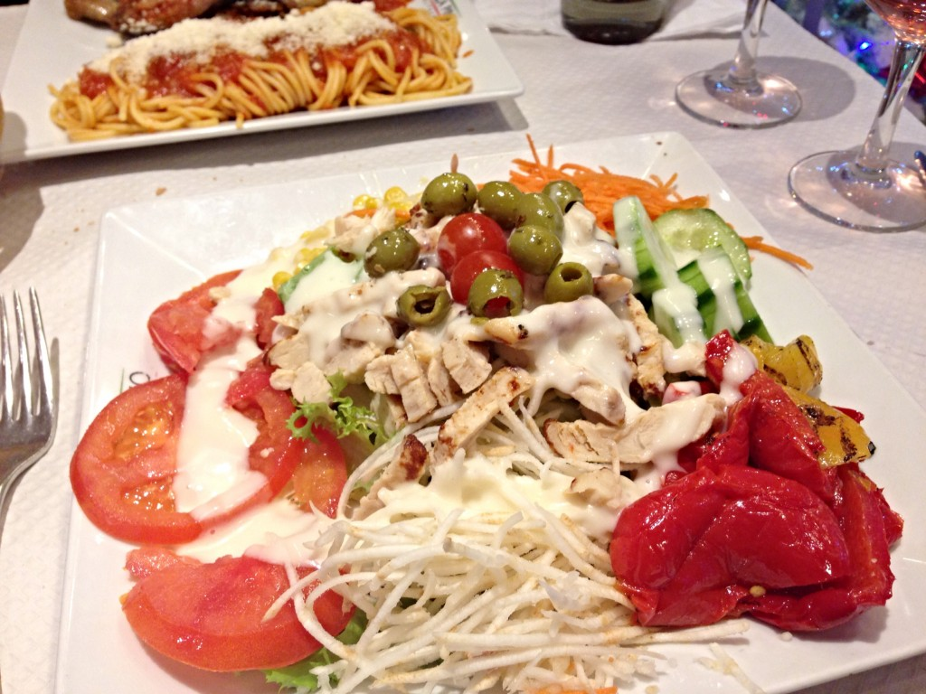 pizza pino salad paris
