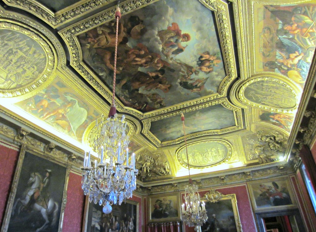 chateau versailles beautiful ceilings