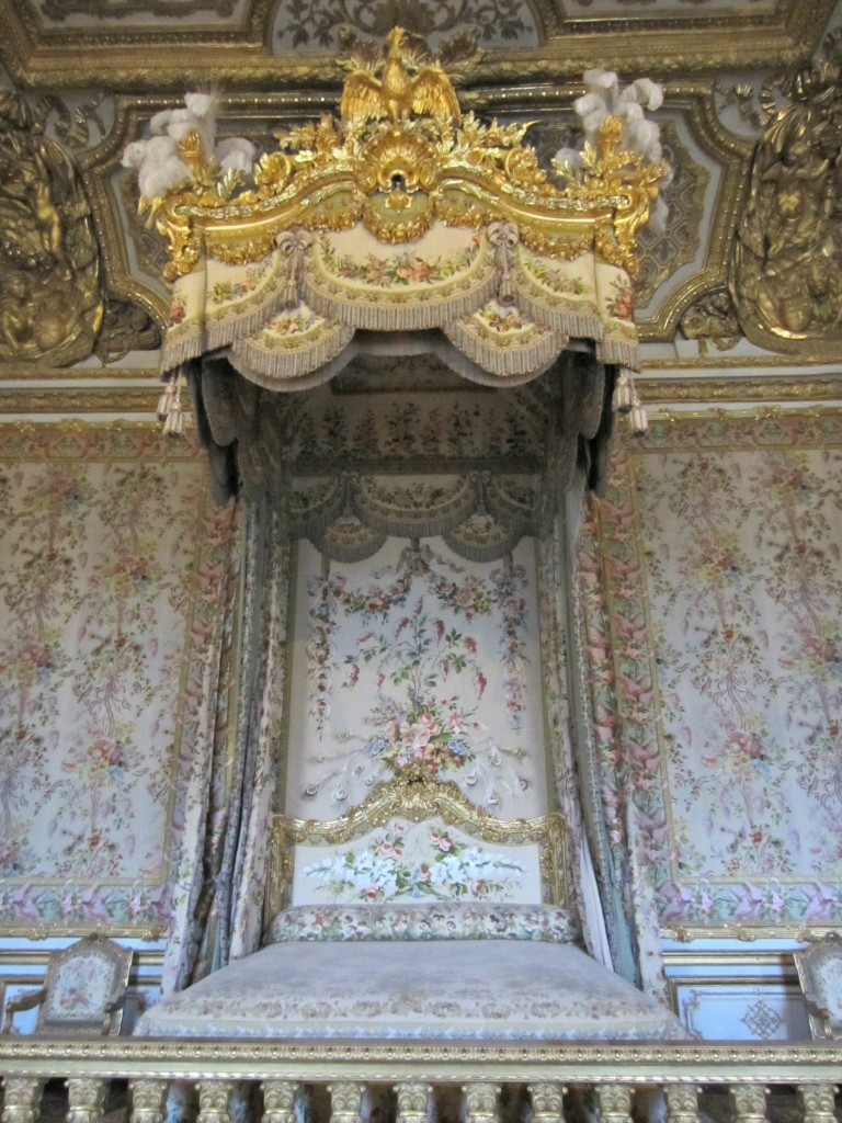 chateau versailles queens bedroom