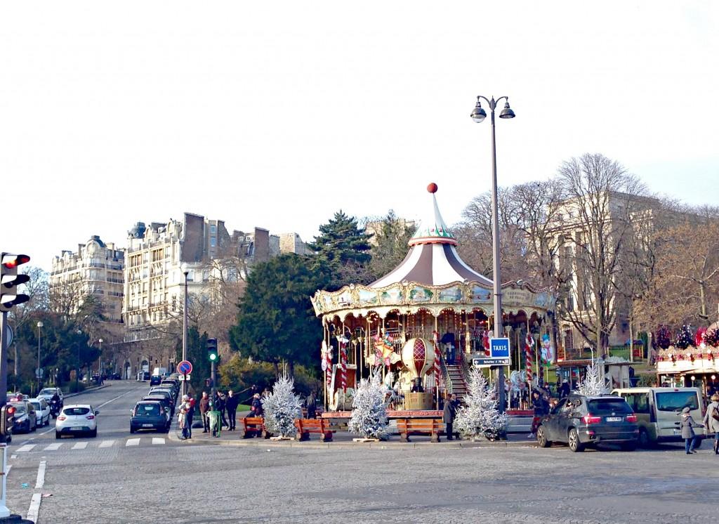 eiffel tower shops