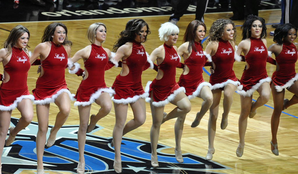 orlando magic dancers christmas routines 2010