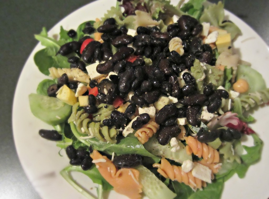 healthy meatless protein salad