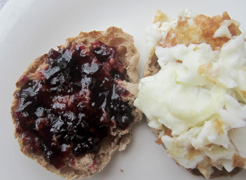 egg white jam breakfast sandwich