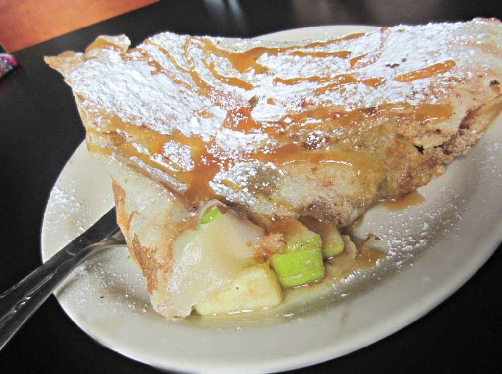good girls go to paris sweet apple caramel crepe