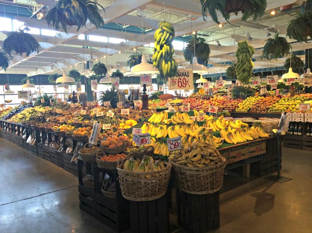 Nino Salvaggio Internatinoal Marketplace fresh produce