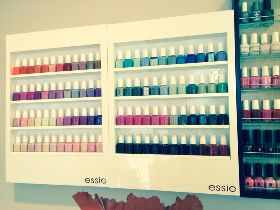 nail salon essie polish