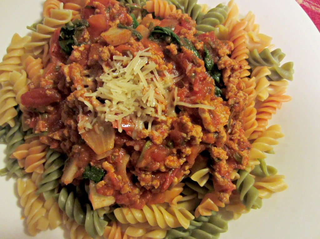 veggie noodles and spinach and ground turkey in sauce