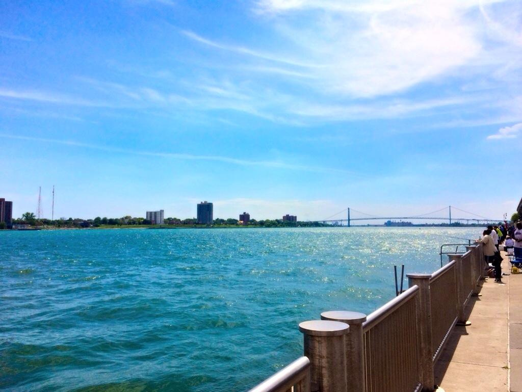 detroit river walk