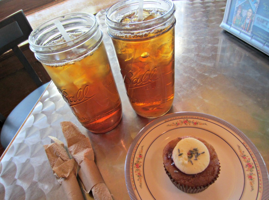 dandelion communitea cafe teas and cupcake