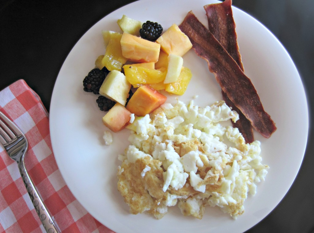 egg whites turkey bacon and fruit breakfast